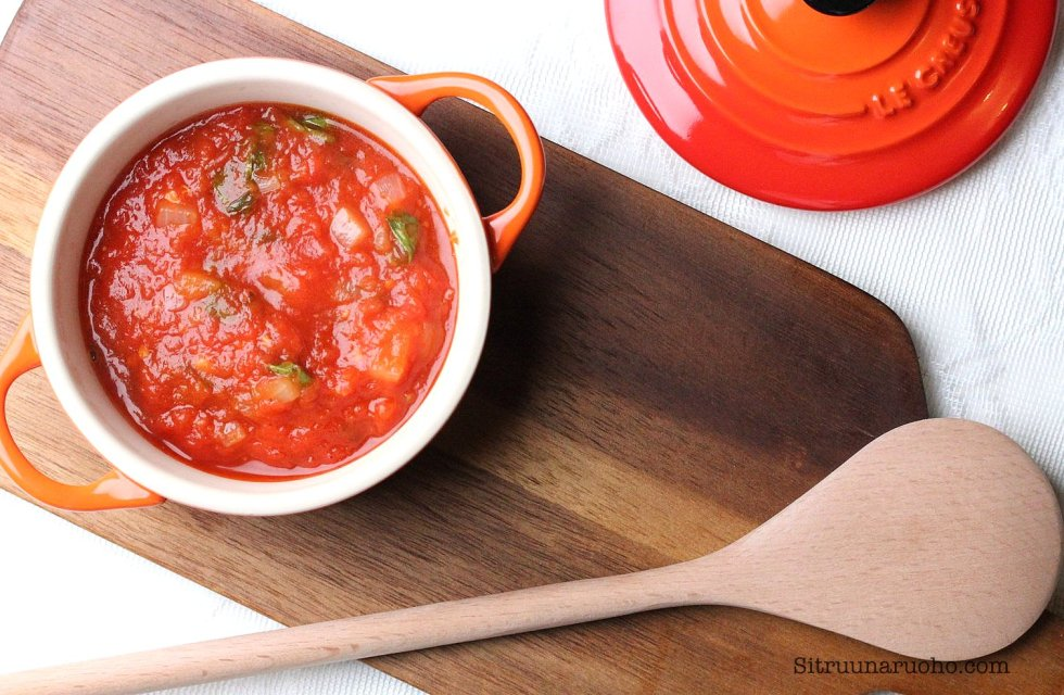 tomaattikastike sitruunaruohoblogi